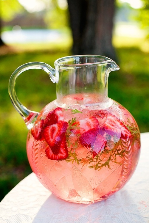 Strawberry-Mint-infused-water